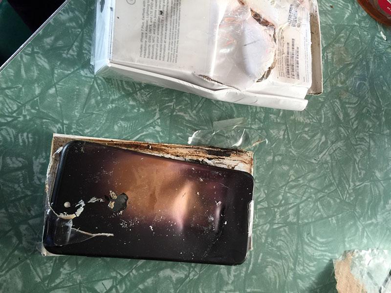 iPhone 7 phát nổ